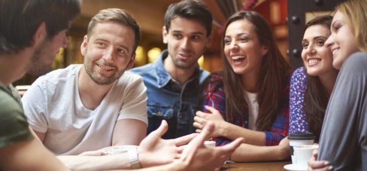 En las redes sociales las marcas deben escuchar a los consumidores como a un amigo